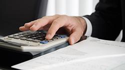 収支状況を分析、ご報告